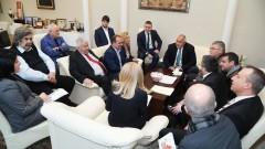 Борисов и превозвачите се разбраха за тол системата