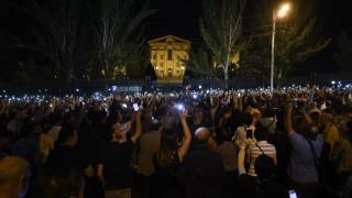 Стотици арменци искат оставката на Пашинян заради Нагорни Карабах
