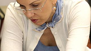 Насилието над жени да се приравни с тероризма, иска наш евродепутат