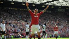 В Манчестър спекулират с имената на Бербатов и Евра за нов спортен директор на Юнайтед