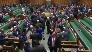 Парламентът пак бламира Тереза Мей