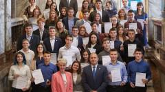 Радев горд с младежите, наградени със злато и сребро от херцога на Единбург