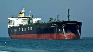Нов удар за Иран: Тръмп печели най-бързорастящия пазар на петрол