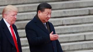 Китай обяви критиката на Сорос към Си Дзинпин за безсмислена