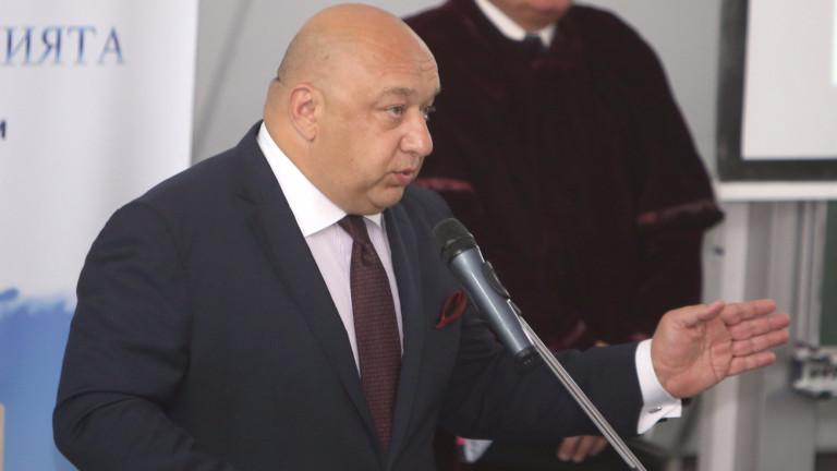 """Министър Кралев с категорично становище за """"Армията"""" и базата в Панчарево"""