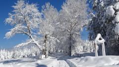 Снеговалежите спират, след обяд ще бъде слънчево