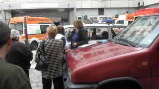 """Въвеждат """"синя зона"""" и в благоевградска болница, медици недоволстват"""