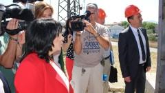 Министър Петкова лично проверява запасите от въглища