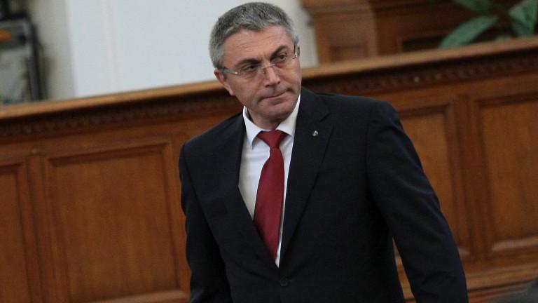 """ДПС се обяви срещу """"недоразумението в политиката"""" Валери Симеонов"""
