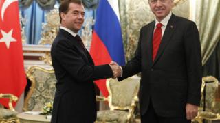 Русия и Турция строят АЕЦ по нова схема