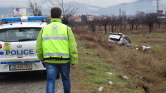 Шофьор загина при удар в дърво край котленското село Мокрен