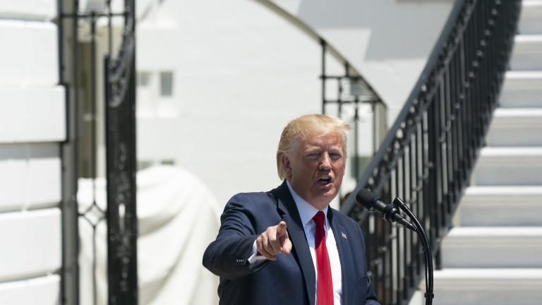 Американският президентДоналд Тръмп ожесточи атаката си срещу четири членки на