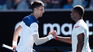 Новак Джокович се завърна с прекрасна победа срещу Доналд Йънг