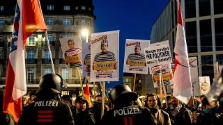 """Хиляди казаха """"не"""" на блокадите в Германия"""