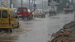 Опасност от нови наводненя заради валежите