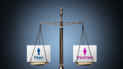 Жените и мъжете у нас получават различни заплати за един и същ труд