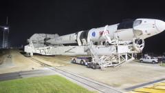 Oтлагат изстрелването на мисия на SpaceX