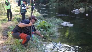 Полицаи спипаха състезатели по риболов във Варна
