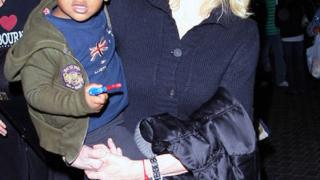 Мадона ще строи  къща на Малави
