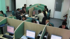 Близо 1 млн. обаждания обслужил контактният център на ЧЕЗ за 2015 година