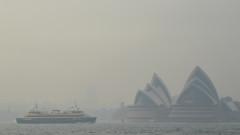 Сидни потъна в гъст смог