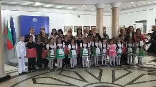 Важно е да не пропуснем някой Моцарт или Стив Джобс в България, убедена Кунева