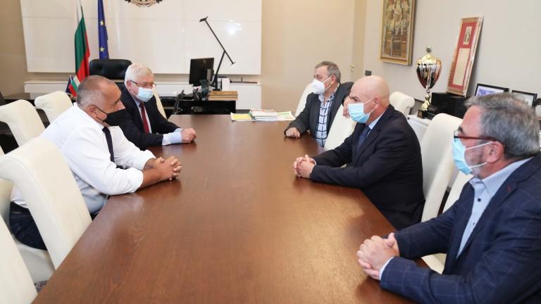 Борисов заръча на НОЩ да следи за ефективните мерки за ограничаване на COVID-19