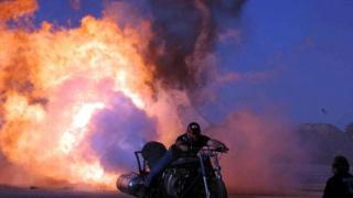 Австралийци монтираха реактивен двигател на мотоциклет