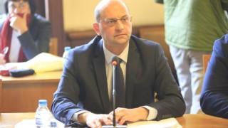 Предложението за сечта е антибългарско, категорични са от левицата