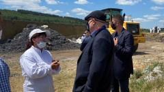 Радиоактивни били заровените боклуци край Червен бряг
