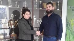Анелия Златкова: Да носиш екипа на Нефтохимик е призвание