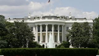 Белият дом на война с медиите