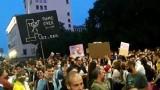 Протестът пламна като искра, но трудно може да задържи високия заряд