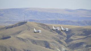 Турция вдигна изтребители Ф-16 заради изчезнали кораби