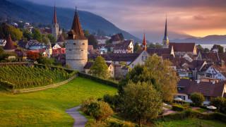 Отпада 10-дневната карантина за пристигащите от България в Швейцария и в Лихтенщайн
