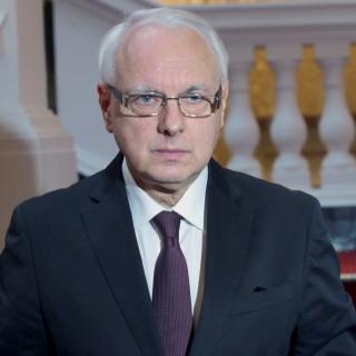 Велизар Енчев