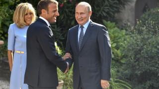 Макрон подкрепя Тръмп за връщането на Русия в Г-8