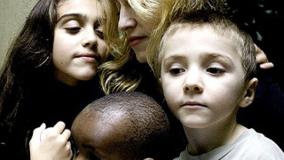 Синът на Мадона - потенциално най-богатото дете