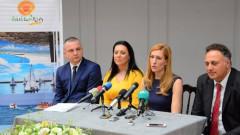 Ангелкова очаква 5% туристически ръст през лятото
