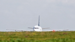 Похитителите отвлекли либийския самолет с фалшиви оръжия