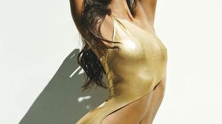Екзотичната Зоуи Салдана - предизвикателна за сп. Details