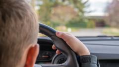 10-годишно дете подкара кола в Шумен и се блъсна в кооперация