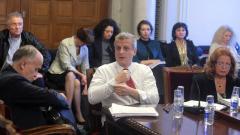 Здравната комисия остана без дневен ред и пропусна заседанието си