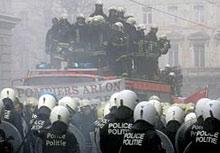 Шестима ранени при сблъсък между пожарникари и полицаи в Брюксел