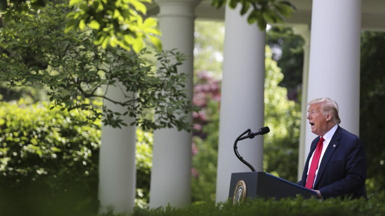 Президентът на САЩ Доналд Тръмп заплаши, че ще регулира или