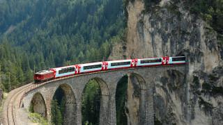 12 спиращи дъха влакови маршрути, които всеки трябва да види