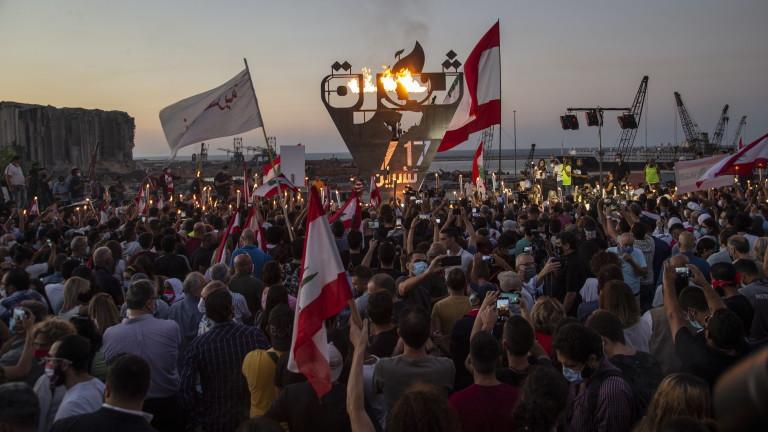 Ливанците отбелязаха годишнина от протестите