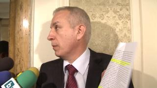 Независимите депутати обидени, ще съдят Костов