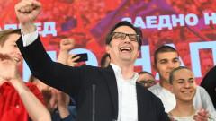 С 60 000 гласа преднина Пендаровски печели изборите в Македония