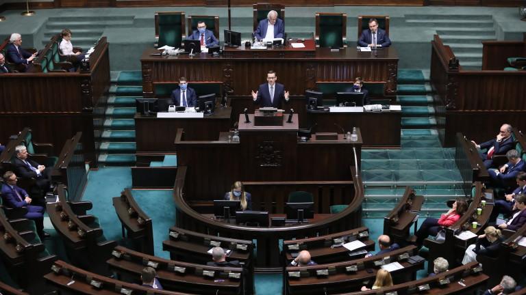 Горната камара на парламента на Полша одобри законодателство късно вчера,